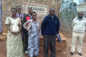 L'équipe de WFD/Mi-PAREC visite le site mémorial du génocide à Ntarama
